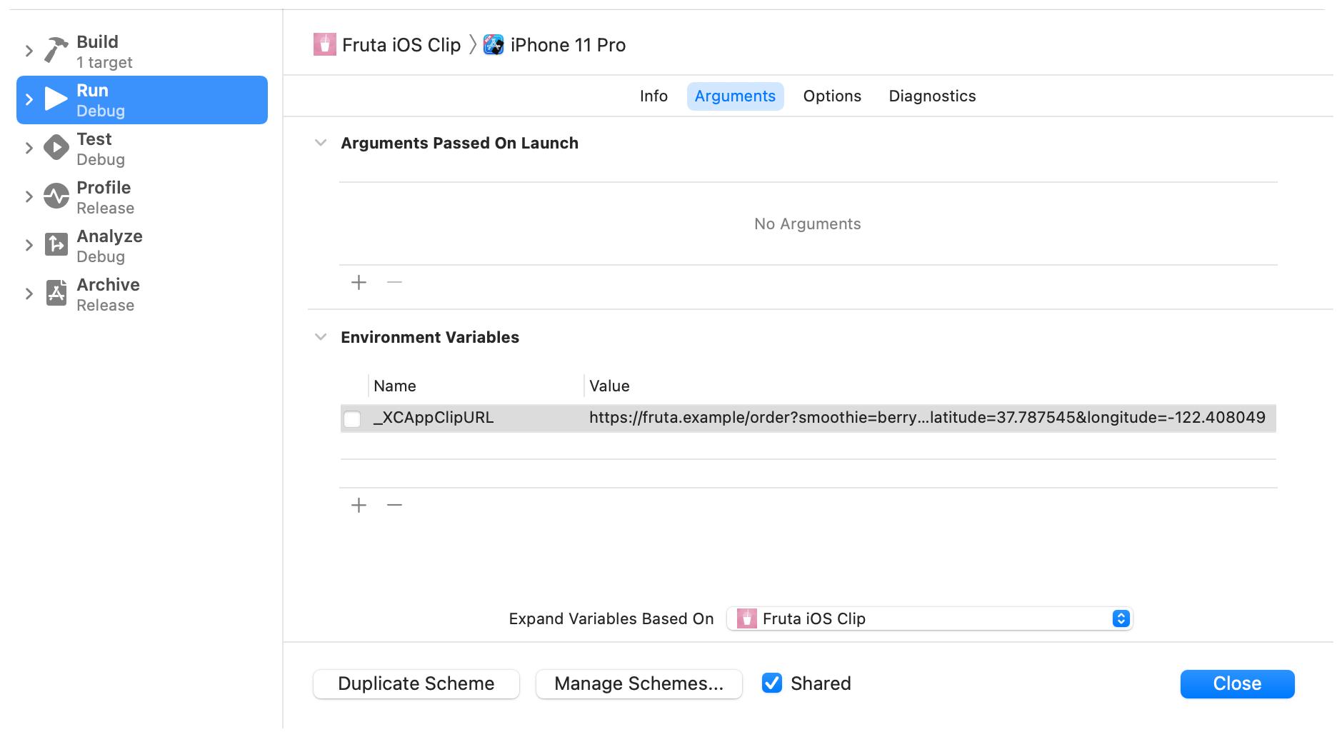 AppClipターゲットの実行アクションを構成するためのシートを示すスクリーンショット。 _XCAppClipURL環境変数の値は設定されていますが、有効になっていません。